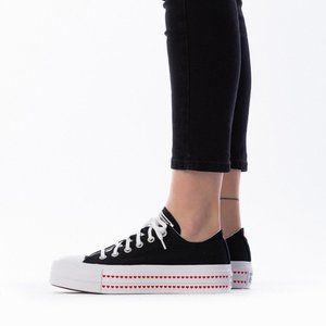 CONVERSE CHUCK TAYLOR LIFT OX LOW TOP SHOES